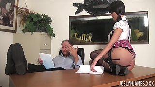 Sexy coed gets an A grade for fucking her old docent