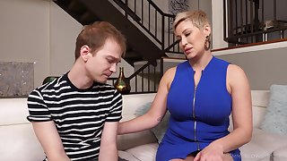 Busty mature Ryan Keely drops on say no to knees to give a blowjob