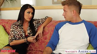 White-livered young guy is fucked wits voluptuous friend's mom Jessica Jaymes