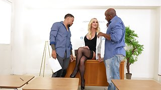 Mature blonde dazzles to come the black dudes start pumping the brush