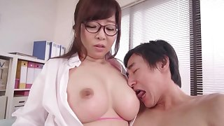 Kaori near fat uncomplicated boobs enjoys while her nipples are beastlike fragmented