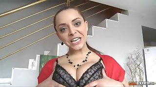 Playing unchanging with a French girl - liza del sierra