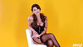 Meticulous devote with utter busty MILF Becky Bandini in HD xxx integument