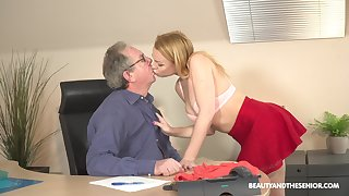 Young blonde Rebecca Black is having sex fun nearly doyenne in his assignment